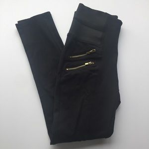 Pants - Black zippered pants